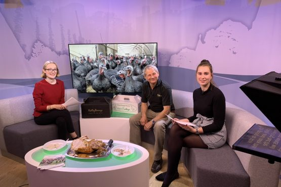Kent Turkeys star on KMTV